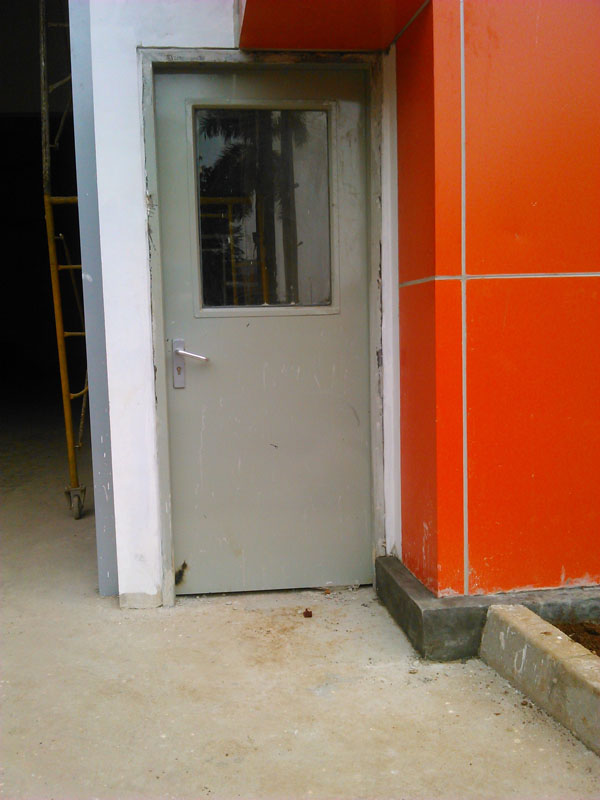 pintu besi swing door emergency, pintu darurat jakarta bekasi karawang